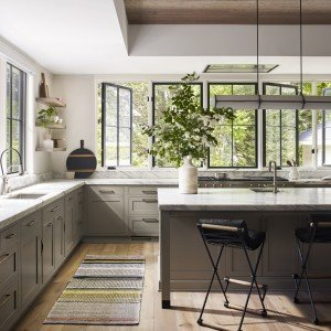 Traditional-Kitchen-Large_First-Place_Sarah-Robertson_68_Willow_Lowres-1-2100x1732-937332bb-88df-4948-8062-f338db17e68e.jpg